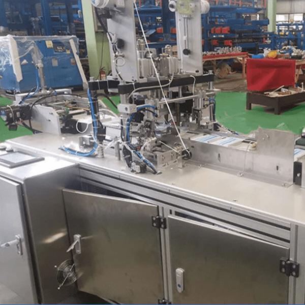 станок по производству одноразовых медицинских масок
